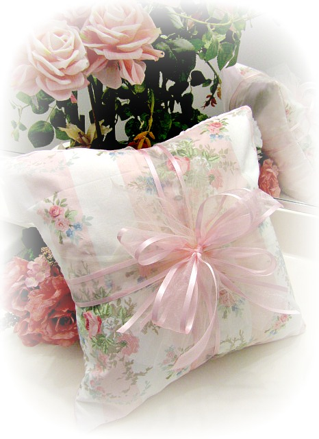 Image 1 of Everyday Romance Vintage Pink Roses Pillow