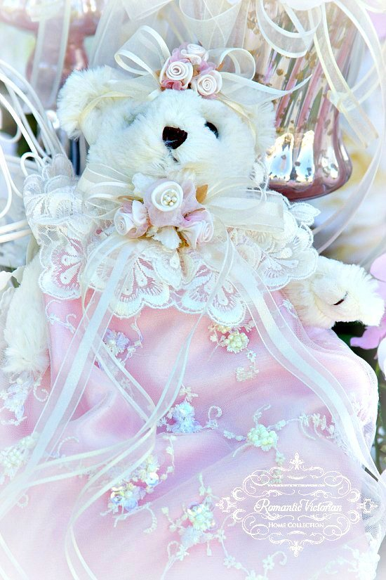 Image 0 of Roses and Pearls Beaded Bear