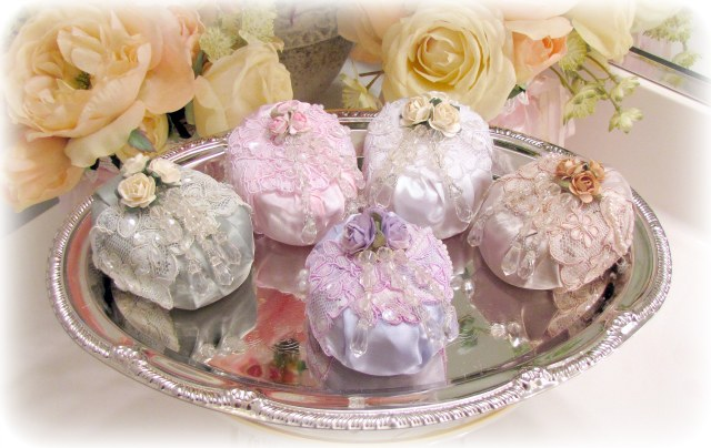 Image 0 of Beaded Roses Soaps