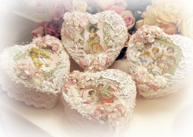 Crystal Roses Heart Boxes