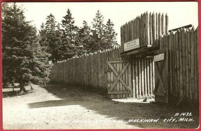 Mackinaw City Mi Postcard Fort Michilimackinac Michigan RPPC