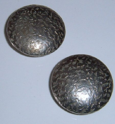 2 Metal embossed  buttons