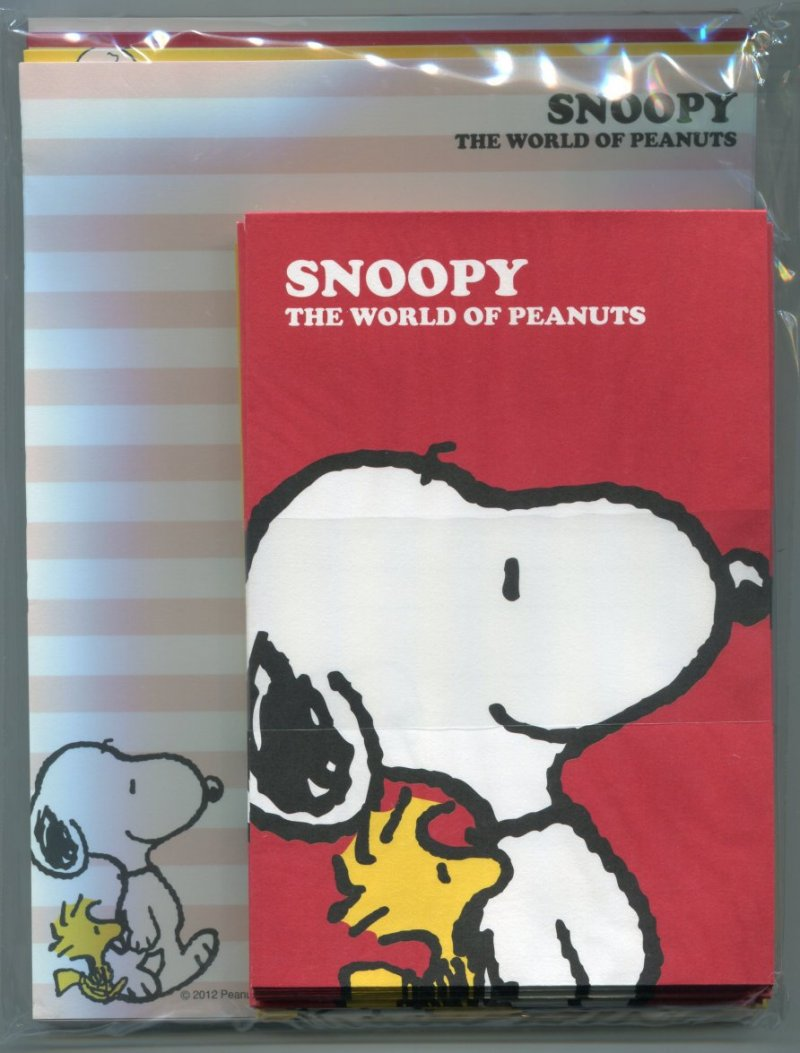 Image 0 of Peanuts Snoopy 4 Design Letter Set #13 (L1090)
