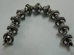 Thumbnail of GBead01 - Glinter™-Silver Substitute round bead w/double wire twist center