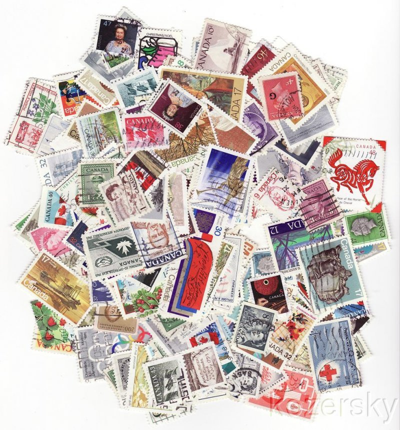 Canada Foreign Stamp Packet Collection, 400 different stamps from Canada