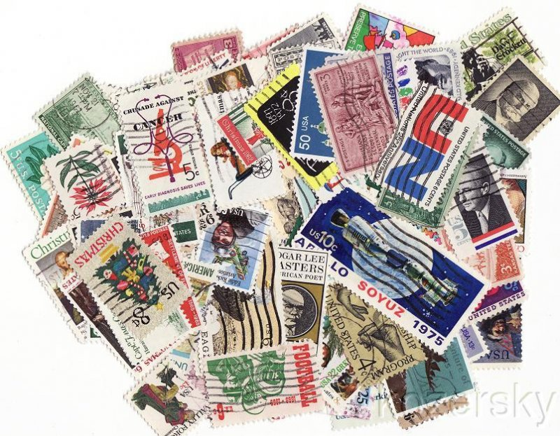 U.S. Commemorative Stamps Stamp Packet Collection, 100 different commemorative stamps from the U.S.A.