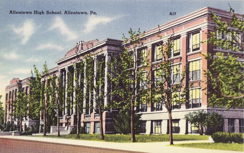Allentown High School. Allentown, Pennsylvania. Linen Postcard, back of postcard