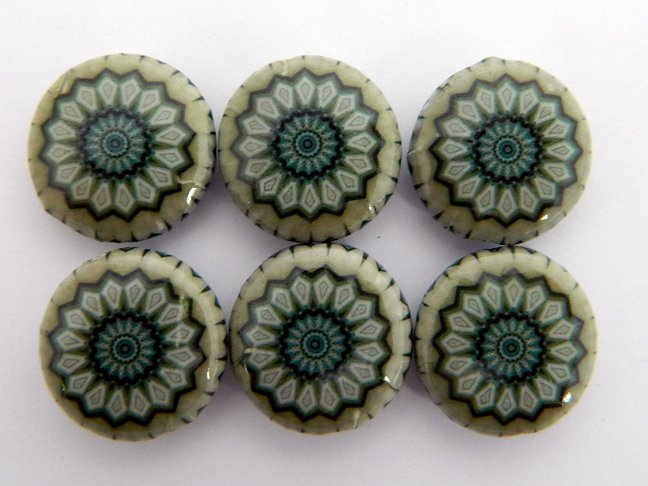Kaleidoscope Gray Decoupage Wood Beads