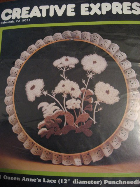 Image 0 of Queen Anne's Lace Creative expressions punchneedle Kit 12