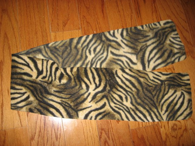 Tiger stripes fleece scarf