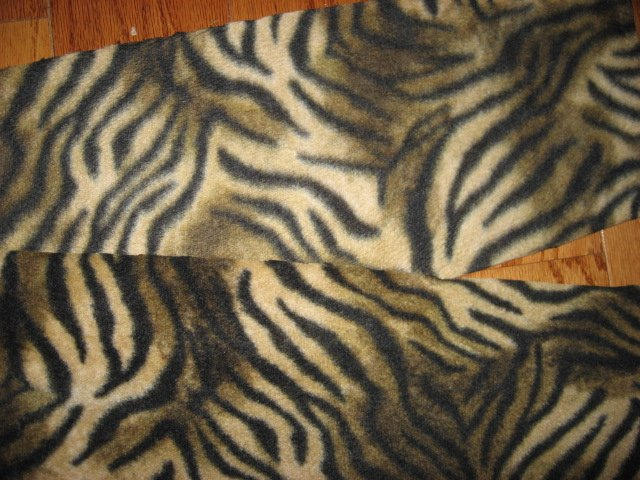 Image 1 of Tiger stripes fleece scarf