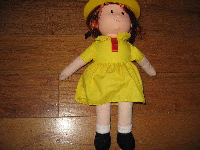 Madeline talking Doll Yellow dress hat Great Condition