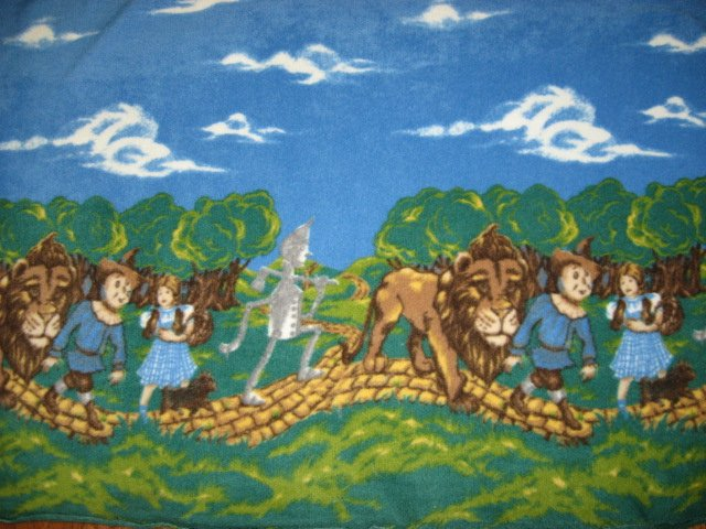 Wizard of Oz brick road Toto dog handmade blanket with licensed fleece Rare