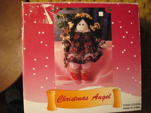 Christmas angel shelf sitter with plaid dress star doll ornament New in box