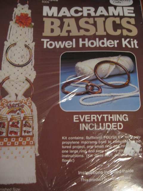 Image 0 of Macrame Basics Towel Holder Kit Vintage Retro Look New in box