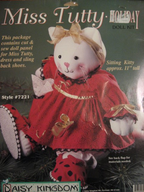 Daisy Kingdom Christmas Miss Tutty Kitty doll dress shoes Kit to sew