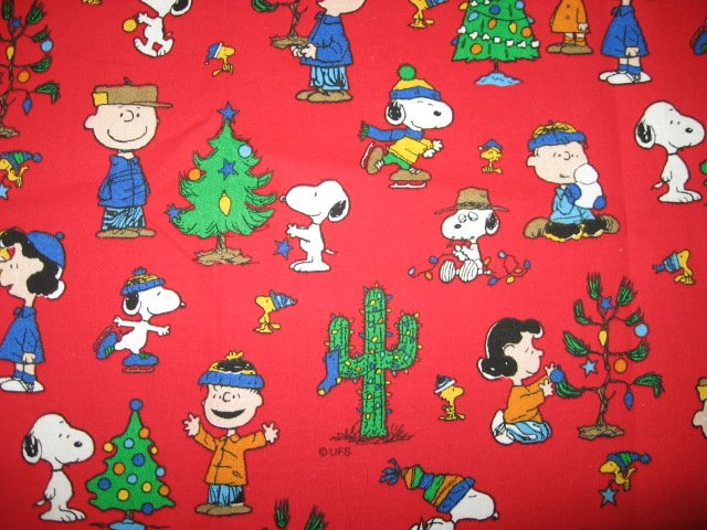 Peanuts Gang Christmas Cactus Tree red Fat Quarter FQ 1/4 yard fabric