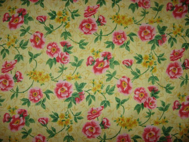 Image 0 of Flowers on pretty yellow cotton fabric