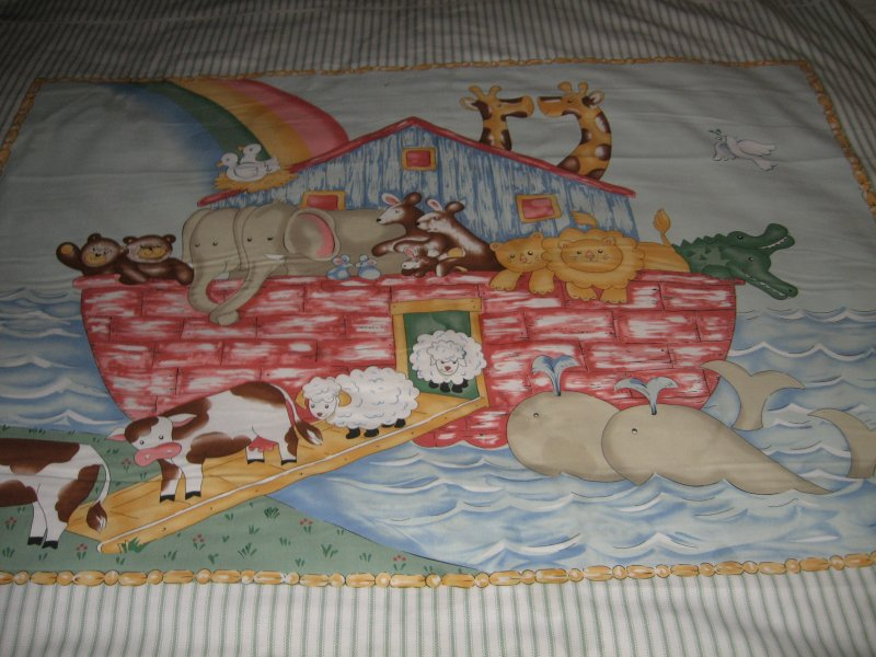 Image 6 of Noah's Ark animals Pastel Fabric Baby crib quilt Panel throw to Sew