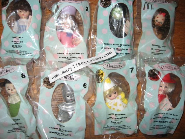 Original 2007 McDonalds Wizard of Oz Madame Alexander Dolls Set Of 8