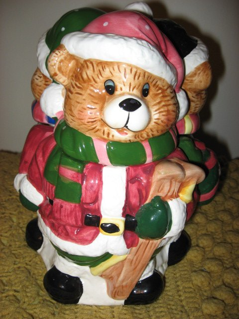 Image 1 of Three Teddy bears in Winter clothes Ceramic Cookie Jar Excellent Condition