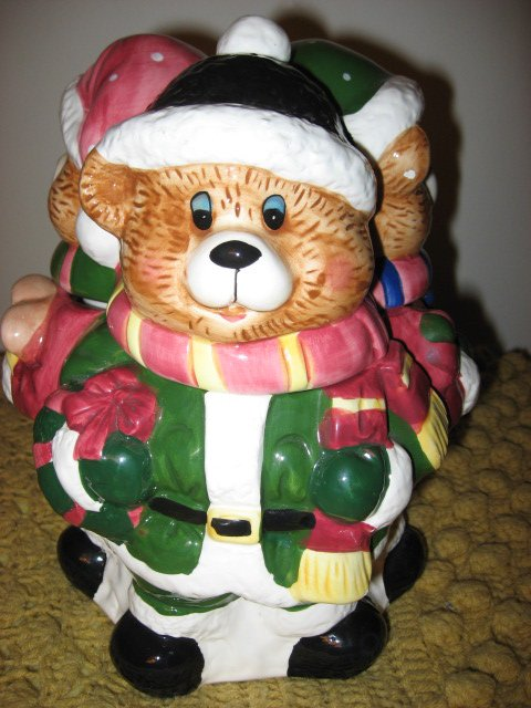 Image 2 of Three Teddy bears in Winter clothes Ceramic Cookie Jar Excellent Condition