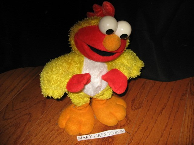 Image 0 of Elmo Chicken dance singing and talking doll 12