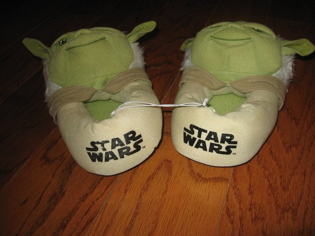Image 1 of Star Wars Yoda slippers Size 4/5 Child size /