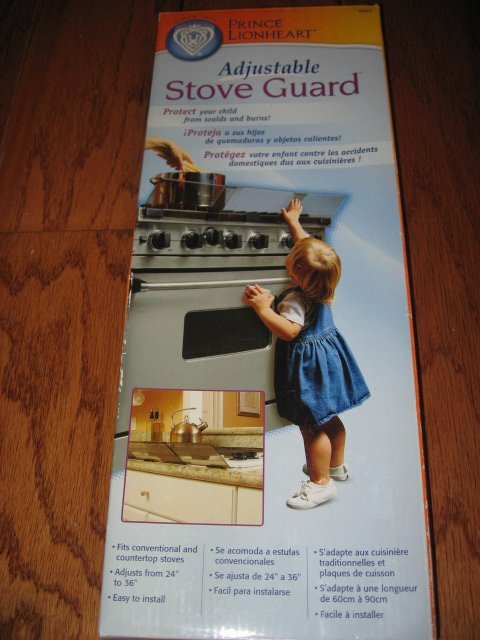 Image 0 of Prince Lionheart- Adjustable stove guard for young child or toddler