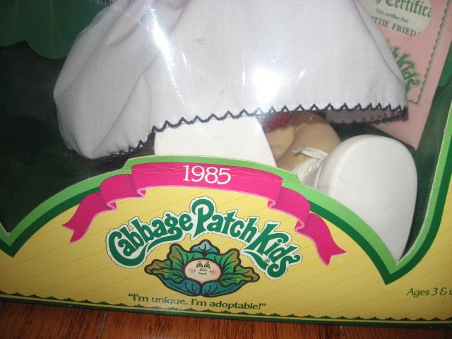 Image 1 of Cabbage Patch Doll 1985 Lottie Frieda Never removed from the original box /