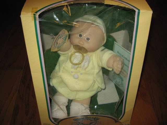 Cabbage Patch Preemie Doll Wes Quincy 1983 Never removed from the original box