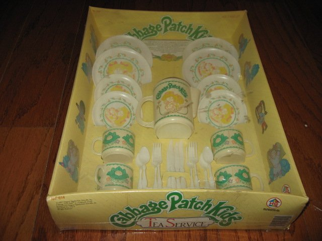 Cabbage Patch Doll Kids Tea service 1983 Never removed from original box /