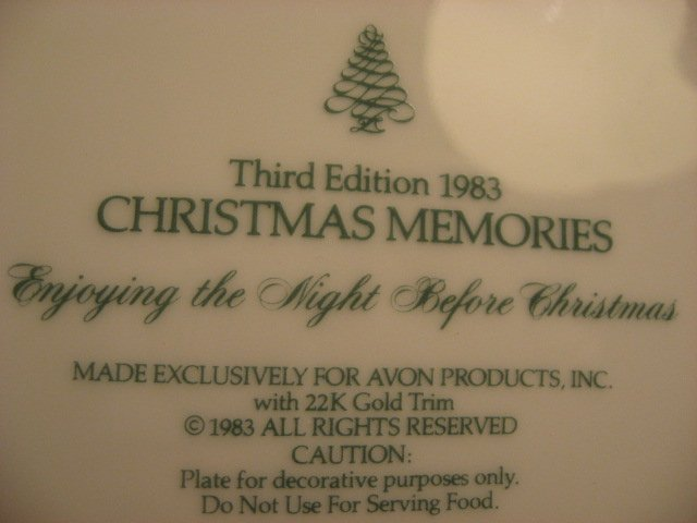 Image 2 of Beautiful Avon Christmas memories 1983 collector plate.