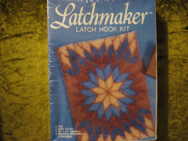 Image 1 of Colonial Star latch hook rug or wall hanging Kit 20