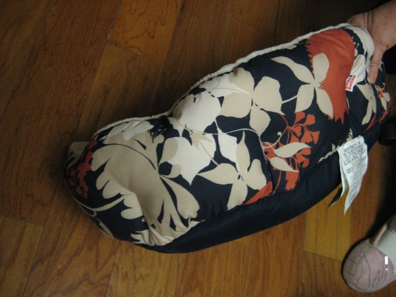 Image 2 of Boots & Barkley round floral design small pet bed Brand new 18