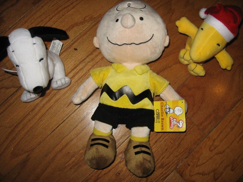 Charlie Brown Snoopy and Woodstock plush doll set