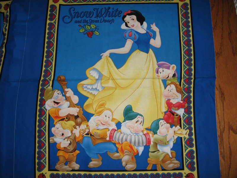 Disney Snow White and 7 Dwarfs Cotton Fabric wall or crib Panel to Sew