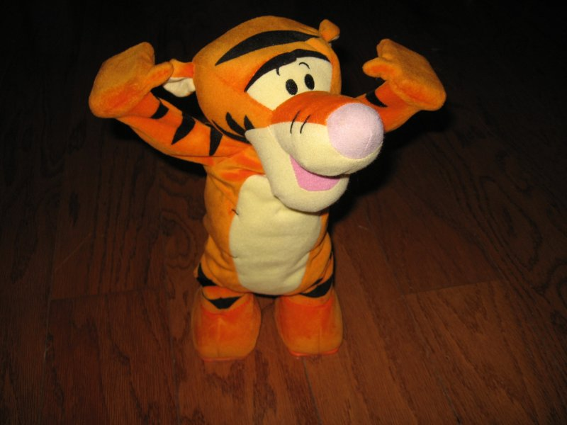 Tigger Disney tumble talking doll gently used