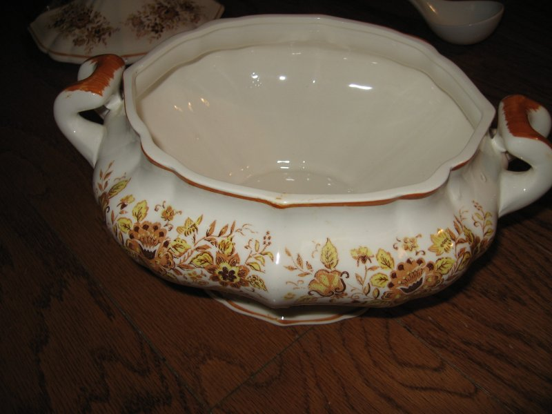 Image 2 of Taureen vintage style china floral design