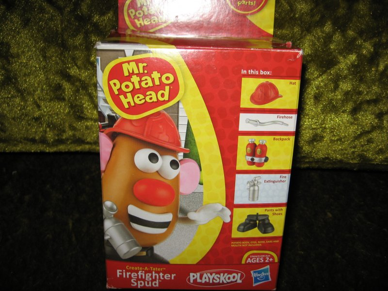 Image 0 of Mr Potato Head firefighter mix and match parts