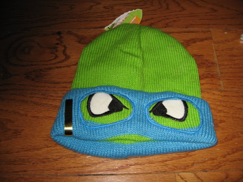 Nickelodeon Winter reversible  child Hat ages 14 and older new super soft /