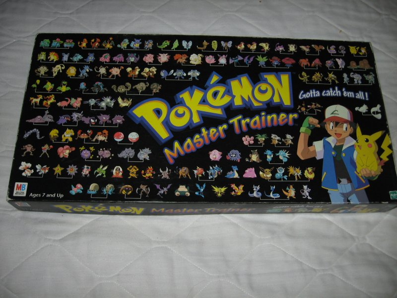 Pokemon Master Trainer Board Game Rare Ages 7 and Up 2-6 Players