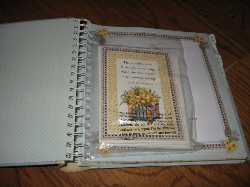 Image 2 of Debbie Mumm Greeting card organizer and address book spring bouquet collection