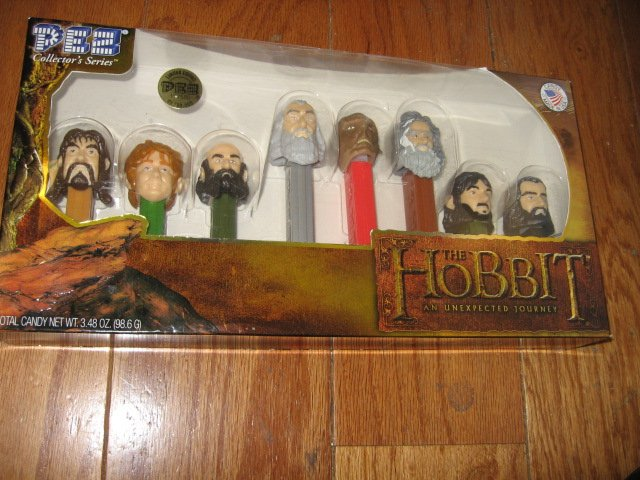 Image 0 of Pez Hobbit limited edition collection NIB