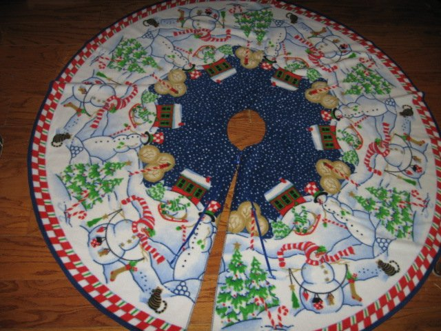 Image 1 of Peppermint Hill Fleece Christmas tree skirt finished surged edge satin tie