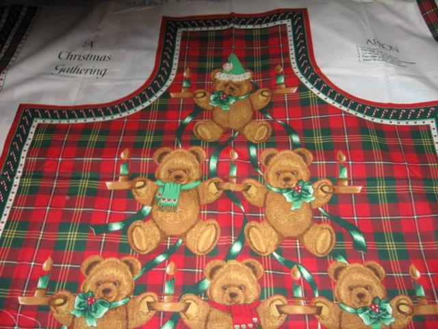 Image 0 of Teddy Bear  Christmas red and green plaid apron to sew cotton