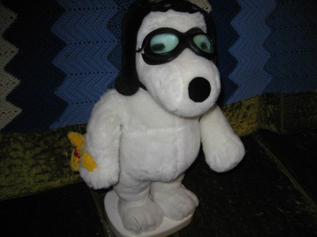 Snoopy and Woodstock aviator motion plush doll set