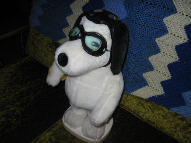 Image 2 of  Snoopy and Woodstock aviator motion plush doll set