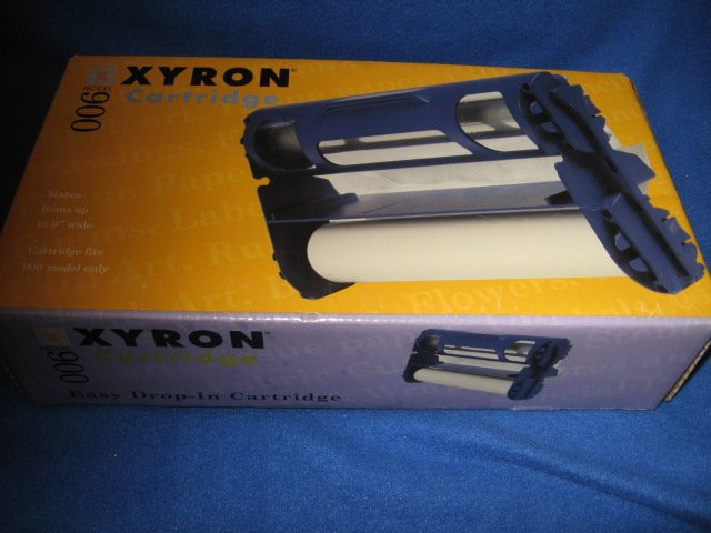 Image 0 of Xyron 900 cartridge laminate/magnet new