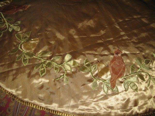 Image 1 of Partridge pear Martha Stewart Christmas tree skirt gold satin  braid edge quilt